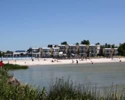 Photo of Beach Hotel De Vigilante Makkum