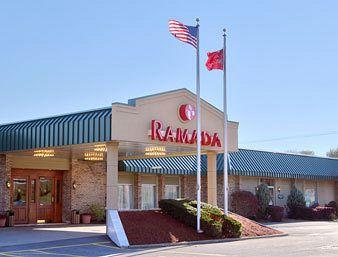 ‪Ramada - New Hartford‬