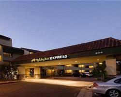 Photo of Holiday Inn Express Camarillo