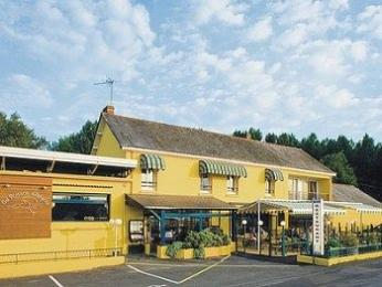 Photo of Hotel au Poisson d'Argent Le Mesnil-en-Vallee