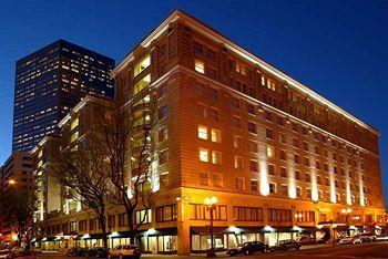 ‪Embassy Suites Portland - Downtown‬