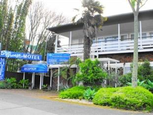 Sea Breeze Boutique Motel