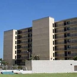 Moondrifter Condominiums