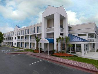 Photo of Baymont Inn & Suites Wilmington