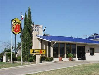 Photo of Super 8 San Marcos
