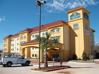La Quinta Inn & Suites Fort Worth-N/Richland Hills