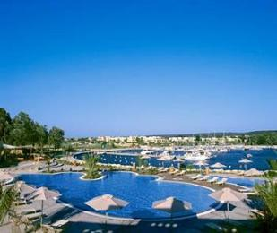 Sani Asterias Suites