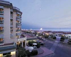 Photo of Hotel Piccadilly Lido Di Camaiore