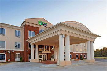‪Holiday Inn Express Hotel & Suites Talladega‬