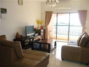 Jack's CondoApartment @ Marina Court Resort Condominium
