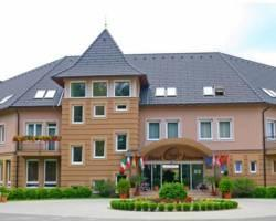 Photo of Granada Conference, Wellness And Sport Hotel Kecskemet