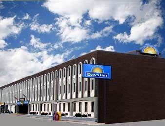 Days Inn - Windsor
