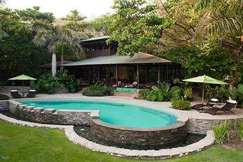Latitude 10 Beachfront Resort, Santa Teresa