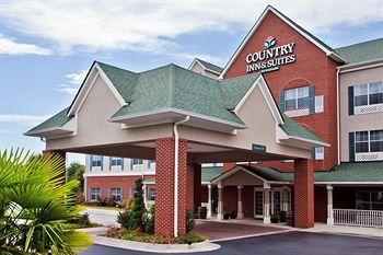 Photo of Country Inn & Suites Fairburn