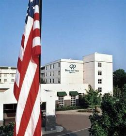 DoubleTree by Hilton Hotel - Richmond Airport