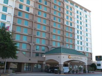 Photo of La Quinta Inn & Suites Downtown Conference Center Little Rock