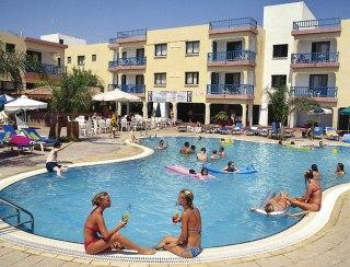 Tsokkos Holiday Apartments