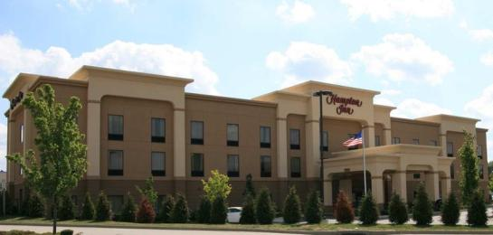 ‪Hampton Inn Belle Vernon‬