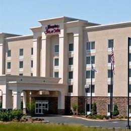 Hampton Inn & Suites Lanett/I-85