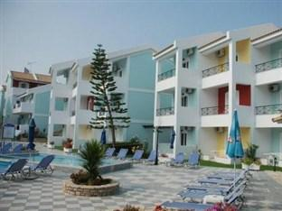 Photo of Maistrali Apartments Tragaki
