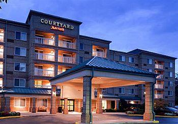‪Courtyard by Marriott Cleveland Airport/South‬
