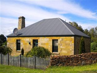 ‪Blackwood Park Cottages Mole Creek‬