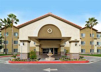 Comfort Suites Bakersfield