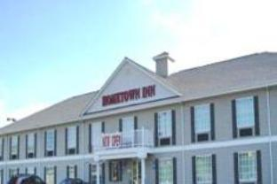 ‪Hometown Inn‬