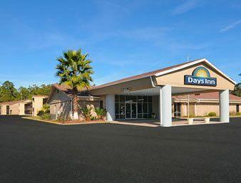 Photo of Days Inn Hinesville