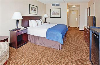 Holiday Inn Kansas City - NE