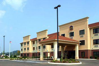 Photo of BEST WESTERN PLUS Strawberry Inn & Suites Knoxville
