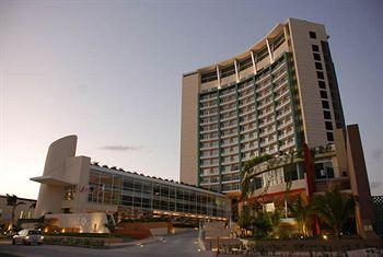 Photo of B2B Hotel & Plaza Cancun