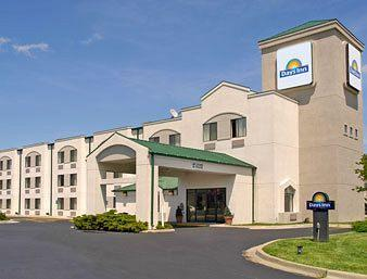 ‪Days Inn Blue Springs‬