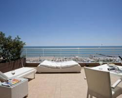 Photo of Hotel Aurora Jesolo Lido