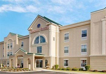 Photo of Comfort Suites East Brunswick