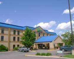Photo of Holiday Inn Express Jefferson City