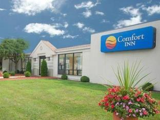 ‪Comfort Inn Seekonk‬