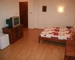 Apartments Joce 4*