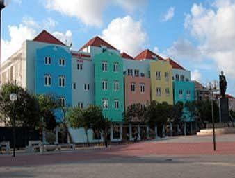 Howard Johnson Curacao Plaza Hotel & Casino