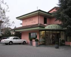 Photo of Ni Hotel La Villa Ivrea