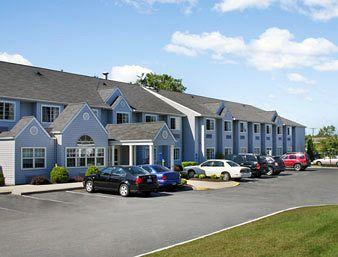 Photo of Microtel Inn & Suites By Wyndham Bethel