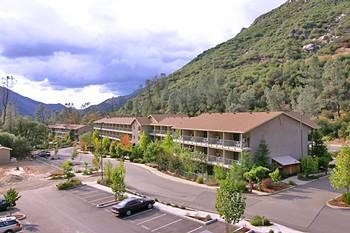 Photo of Yosemite View Lodge El Portal