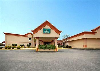 Photo of Quality Inn &amp; Suites Chambersburg