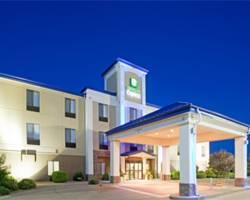 Photo of Holiday Inn Express Hotel & Suites Garden City