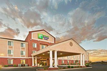 ‪Holiday Inn Express Hotel & Suites Willcox‬