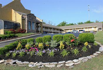 Photo of Antioch Quarters Inn & Suites
