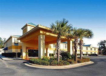 Photo of Quality Inn Darien