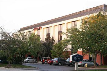 Hampton Inn Chicago/Westchester (Oak Brook)