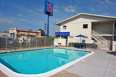 Motel 6 Ft. Worth North