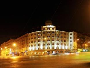 Vitkov Hotel